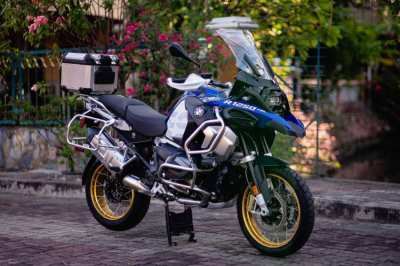 BMW  R 1250 GSA latest model