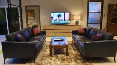 Modern 4 bedroom villa close to jomtien and dongtan beach