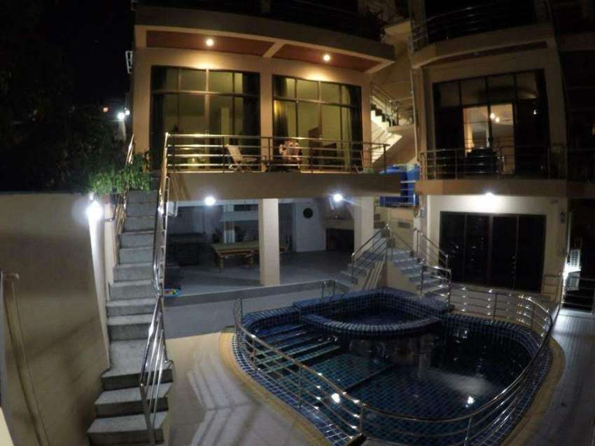 2 bedroom Seaview Apartment for rent