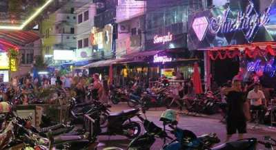 Pattaya Center Bar Music Venue Take Over