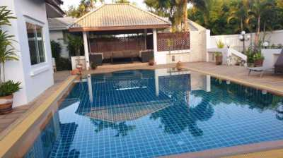 Big Landscape House for sale East Pattaya soi. Nongkrabok.