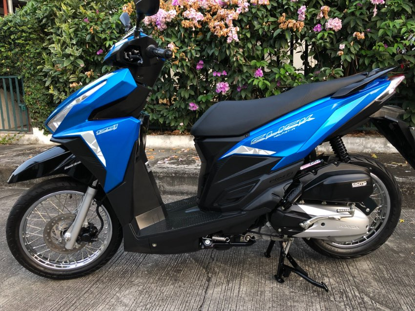 2018 Honda Click 125i - Only 6,000 km - Mint!