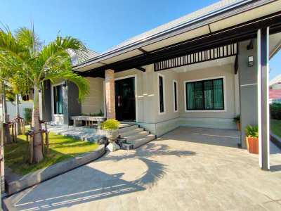 Beautifully Renovated and Furnished 3 BR 2 Bath in Central Hua Hin