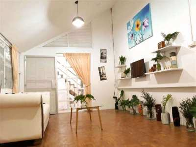 Chiang Mai Lovely House short term rental. Global including the bills!