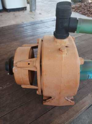 Borehole water pump - used at 65m deep!