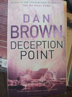 Dan Brown - Deception Point  ** free postage **