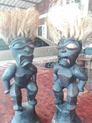 Hawaiian Tiki Statues