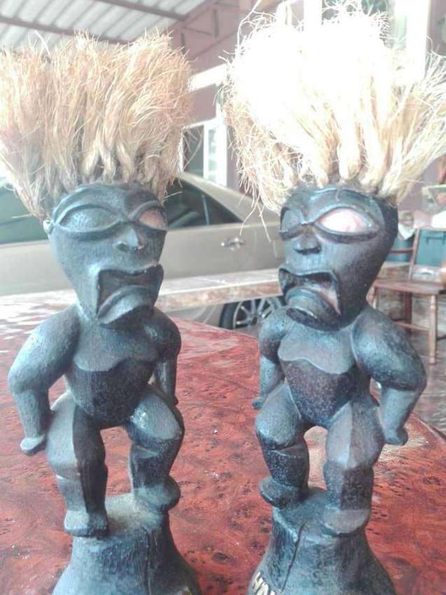 Hawaiian Tiki Statues Set