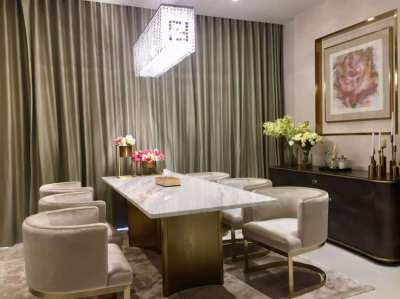 Beautiful two bedrooms nearby Phrom Phong BTS and The EmQuartier