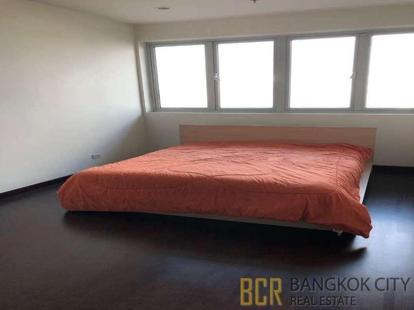 The Star Estate Naratiwas Condo Luxury Spacious 3 Bedroom Flat Rent
