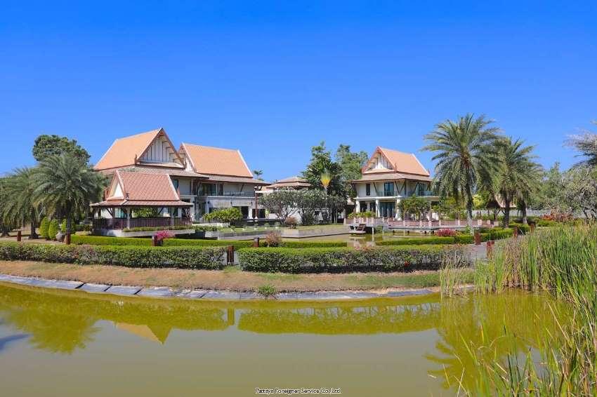 Unique Thai style estate with large landscaped gardens