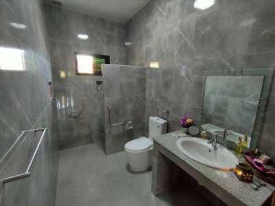 Quality Built Custom 3 BR + Office 3 Bath Excellent City Location