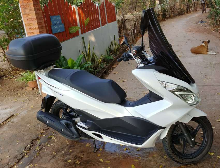 Honda PCX 3404KM = NEW /Topcase GIVI