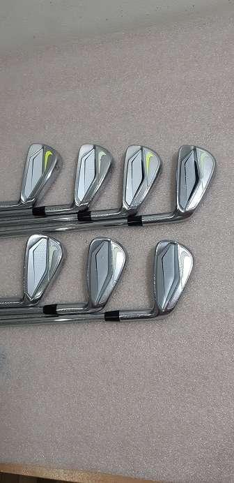 golf iron set (Nike VAPOR)