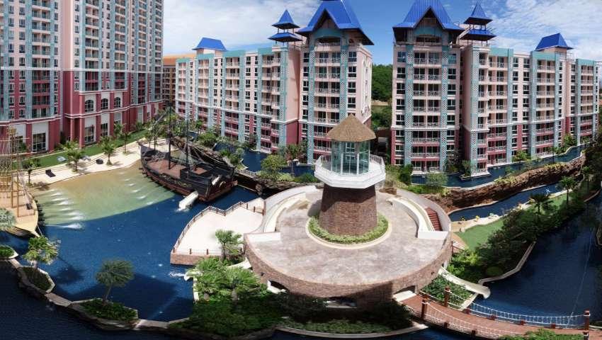 Grand Caribbean Jontiem 8 th top Floor  View on 5 Pools