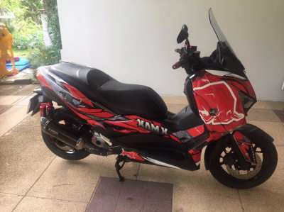 XMAX 300 ABS - 06-2019 - 3400 Kil - Like Brand new