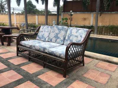 Rattan sofa with one seat Size (width 70 length 165 height 80)