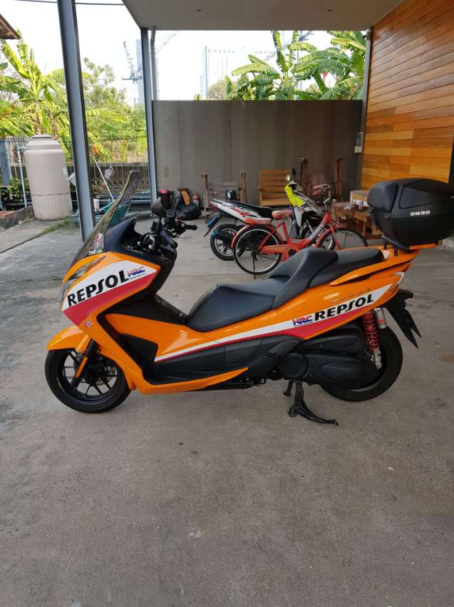 Honda Forza 300, MY2016, Top Condition, 13,902km