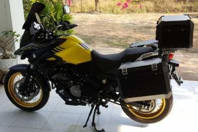 '18 Suzuki Vstrom 650xt 1700Km NEW Condition