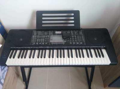 Centrio organ (keyboard)  for immediate sale