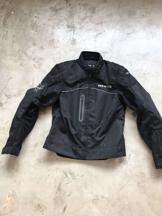 Motorcycle Jacket Size S like brand-new for Sale- 1.990 THB FREE Shipp
