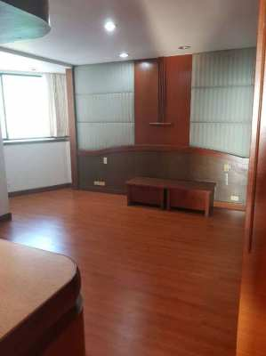 Urgent-High floor OAK TOWER, President Park condo for sale