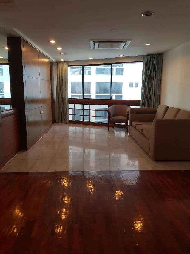 Urgent-High floor OAK TOWER, President Park condo for sale