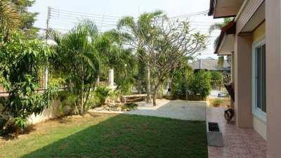 3 bedroom corner house in secure village, Bangsarae