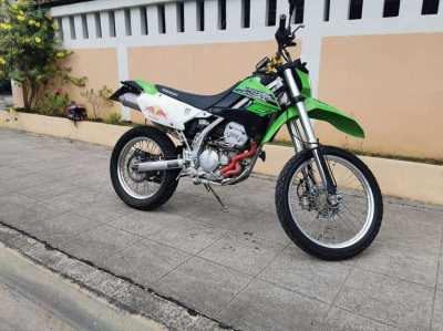 2015 KAWASAKI KLX 250, green, good condition, green book, Tax paid,