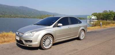 Ford Focus 1.8 Ghia Automatic gear 2005 For Sale Gasoline/Gas