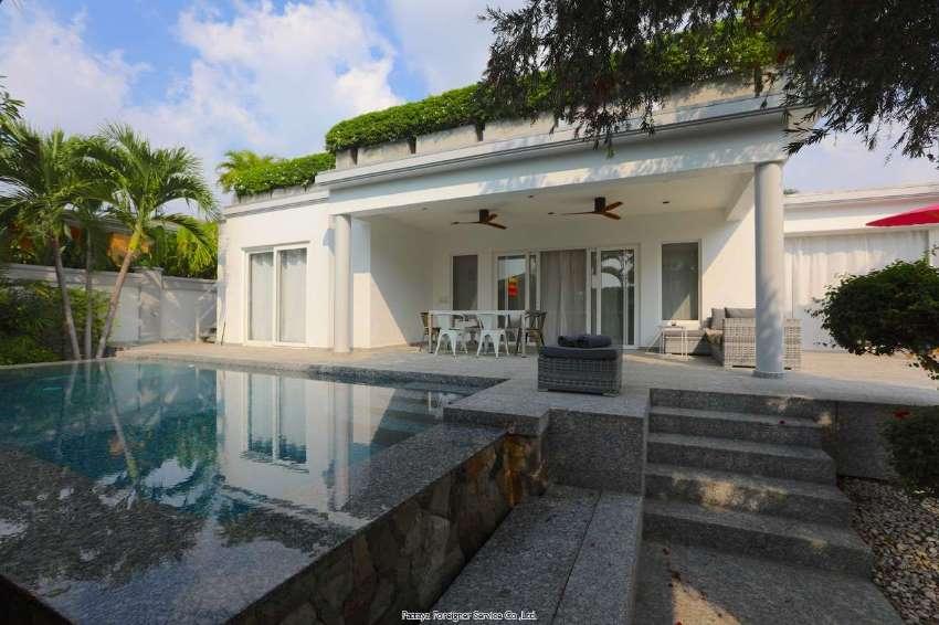 Spectacular modern Pool Villa
