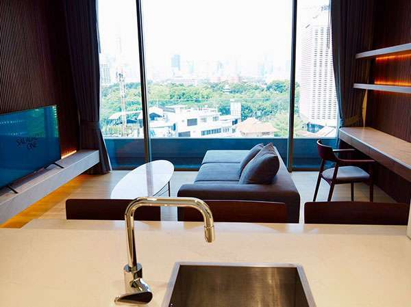 A Nice and Large 1 Bed Unit at Saladaeng One