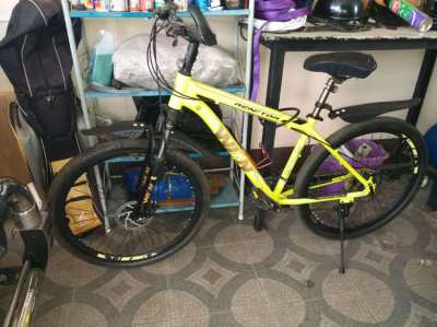 FOR SALE ADULT MOUNTAIN BIKE
