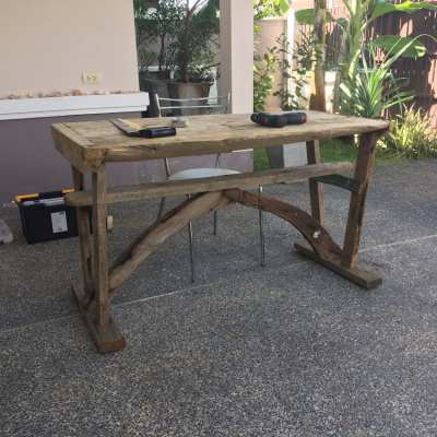 Driftwood Furniture / Locally-built sustainable eco-friendly furniture