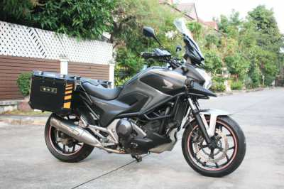 [ For Sale ] Honda nc750x 2015 with side boxes GIVI valueble price!!!