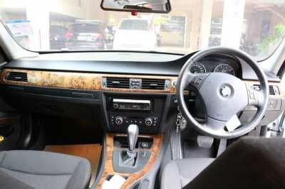 BMW E90, 320i, 2009