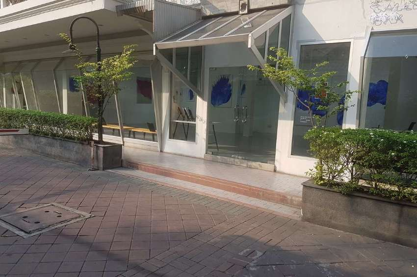 Commercial Space Chidlom for Rent