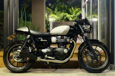 Triumph Street Cup 2017 in immaculate condition with only 1,9xx km!