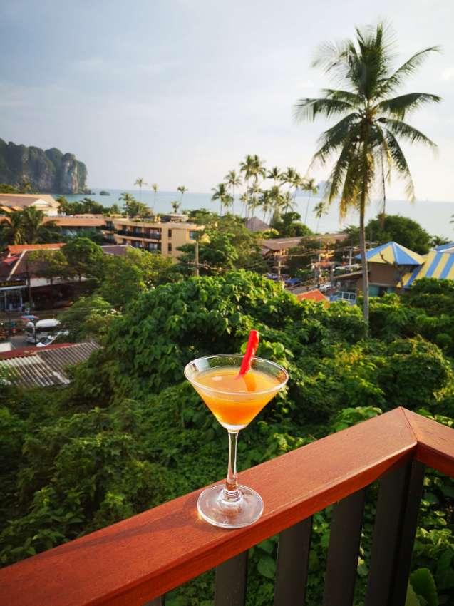 Ao Nang Inn + Ao Nang Bistro (hotel and restaurant)