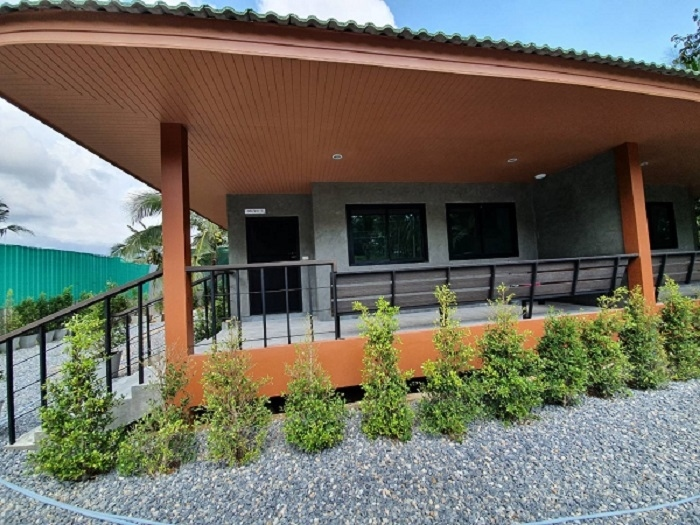 FREE wifi & water - Semi detached house for rent 17,000 baht/month