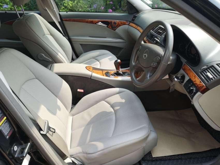 Mercedes Benz W211 E200 NGT 2008 E-Class single owner, no accident