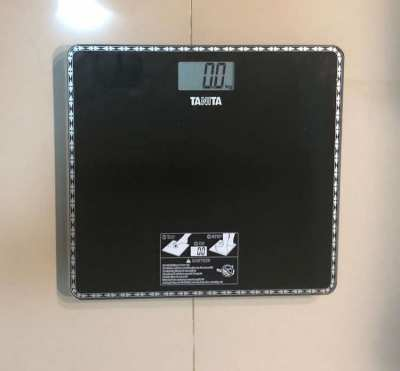 Digital Bathroom Scales TANITA