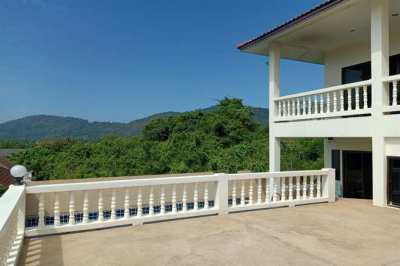 3 bedroom pool villa in Sayuan, Phuket