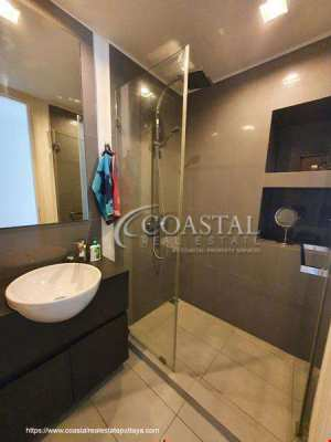 Two Bedroom Condo for sale at Unixx South Pattaya.