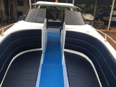 FIBER SPEED BOAT 39'- 500 HP - 30 Passengers