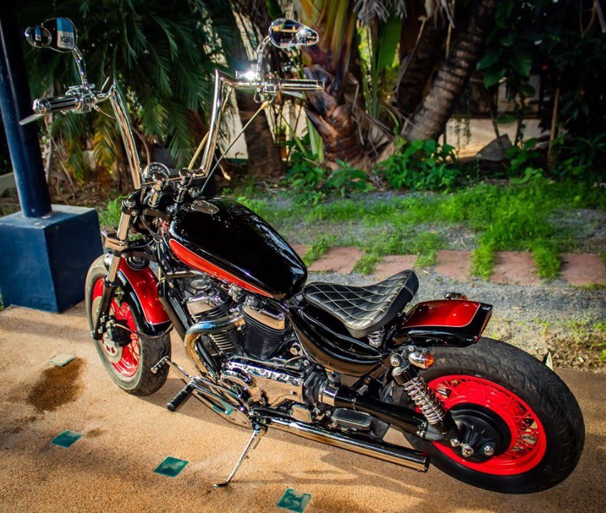 VS750 Suzuki Intruder Bobber for sale. In mint condition.