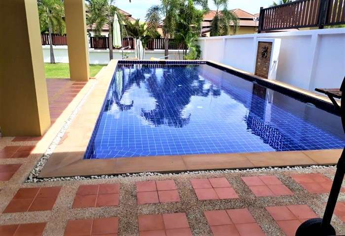 HR1390 BangSaray House 3 bed For Rent