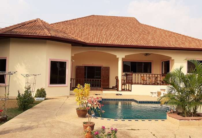 HR1391 Nong Pla Lai House , 5 bed for Rent