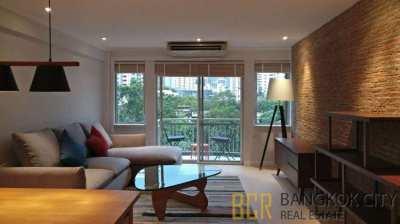Raintree Villa Condo Fully Renovated 2 Bedroom Flat for Rent - Hot