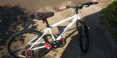 BTWin Bike for sale - Suit 10-13 year old